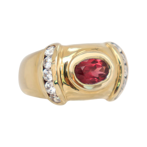 9 kt Yellow Gold Oval Garnet Dress Ring