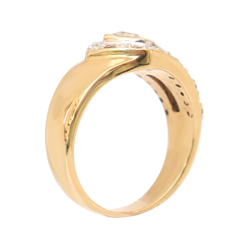 9 kt Yellow Gold Cubic Zirconia Ring