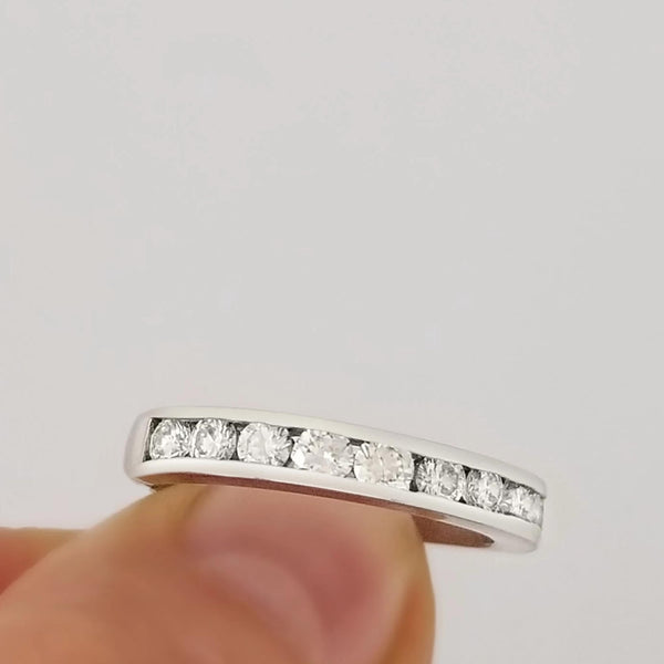 18 kt Eternity Ring cast in White Gold and Diamonds