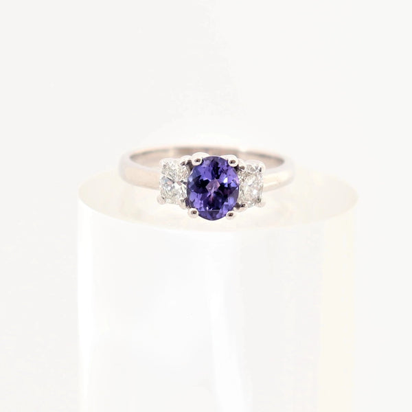 Oval Tanzanite and Diamond Ring set in 18kt White Gold