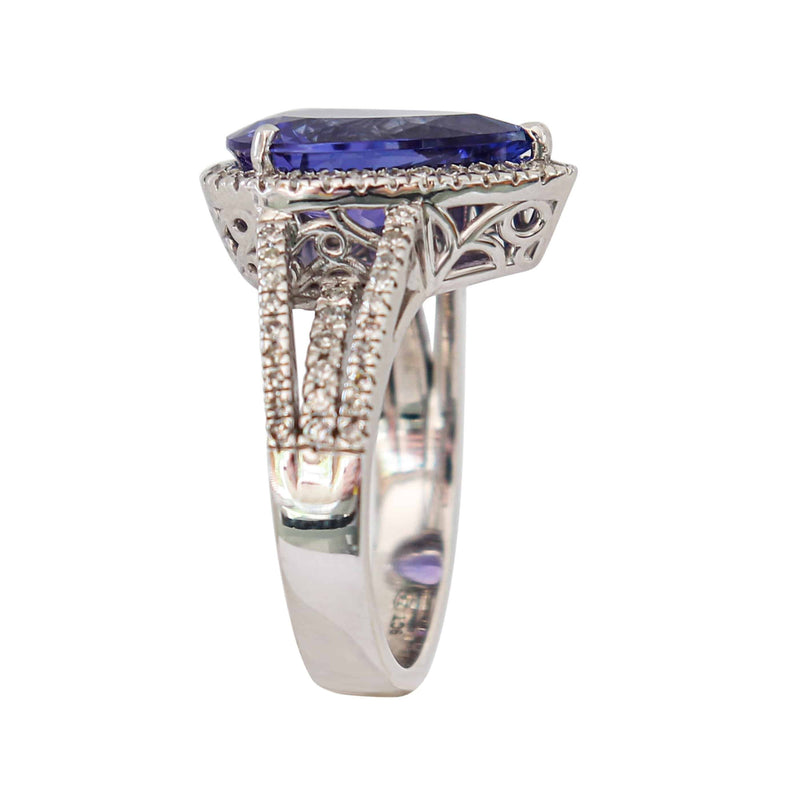 Pear shaped Tanzanite and Diamond Ring