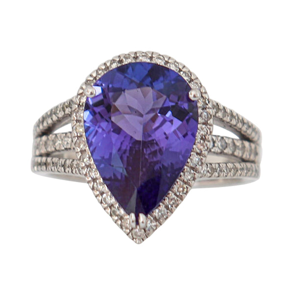 Tanzanite and Diamond Ring in 9 kt White Gold