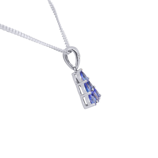 9 kt White Gold Pyramid Tanzanite Pendant