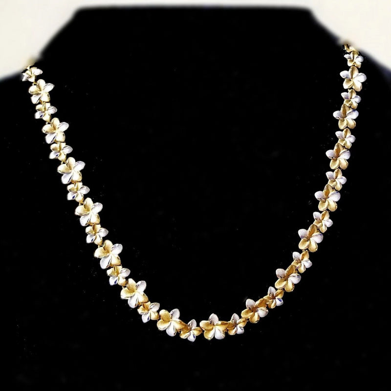 9 kt White and Yellow Gold flower Necklace - Cape Diamond Exchange