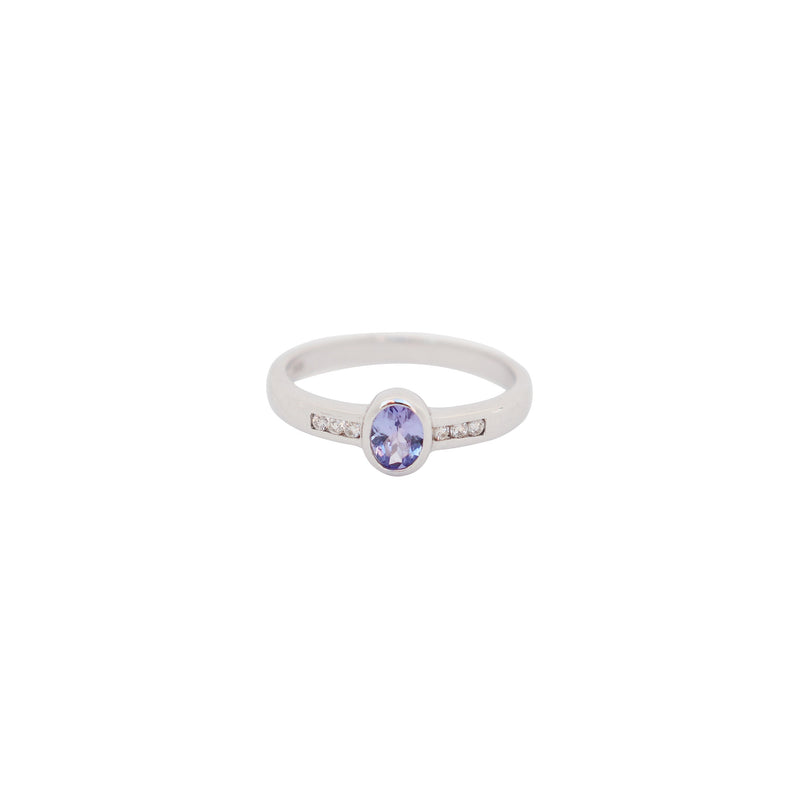 Oval Tanzanite and Diamond Ring - cape diamond exchange
