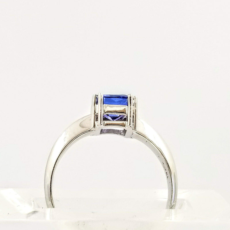 18 kt White Gold Ring with Cushion Cut Tanzanite Stone - Cape Diamond Exchange