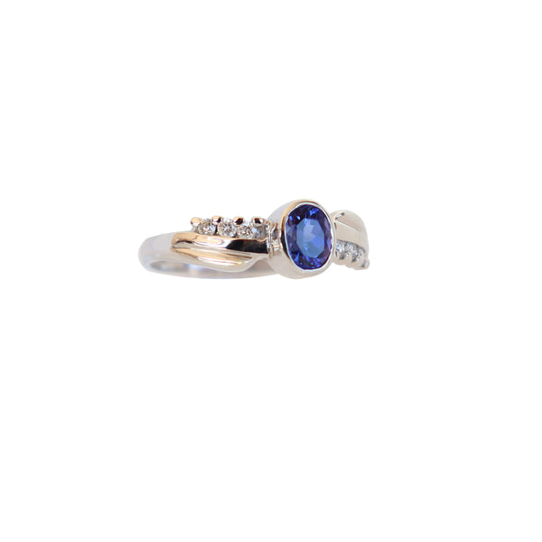 18 kt White Gold Free-form Tanzanite and Diamond Ring - Cape Diamond Exchange