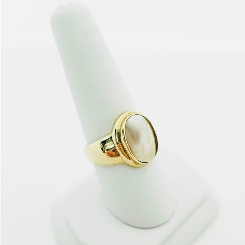 Yellow Gold Oval Mabe Pearl Ring