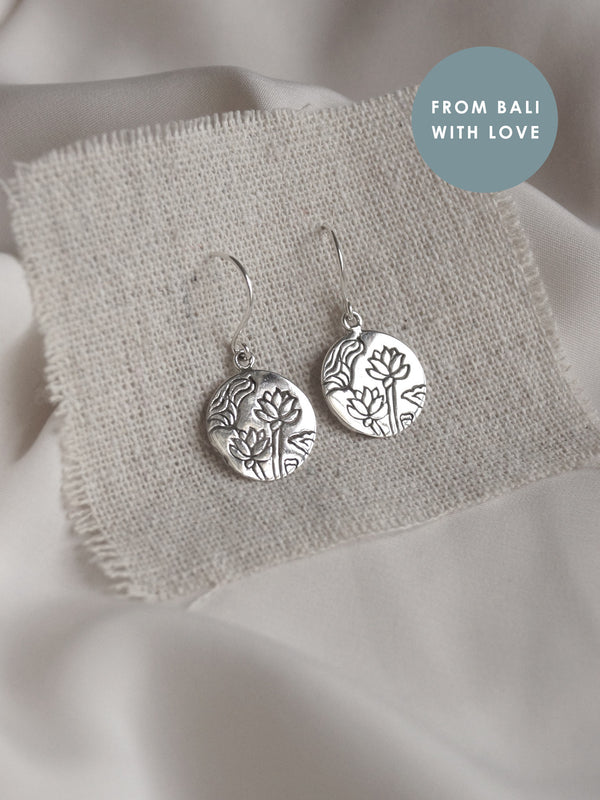 3 LOTUSES Earrings *925 sterling silver // GABI EXCLUSIVE