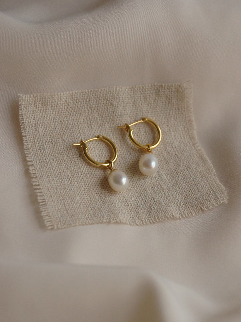AKSHA Pearl Earrings (GABI PREMIUM)