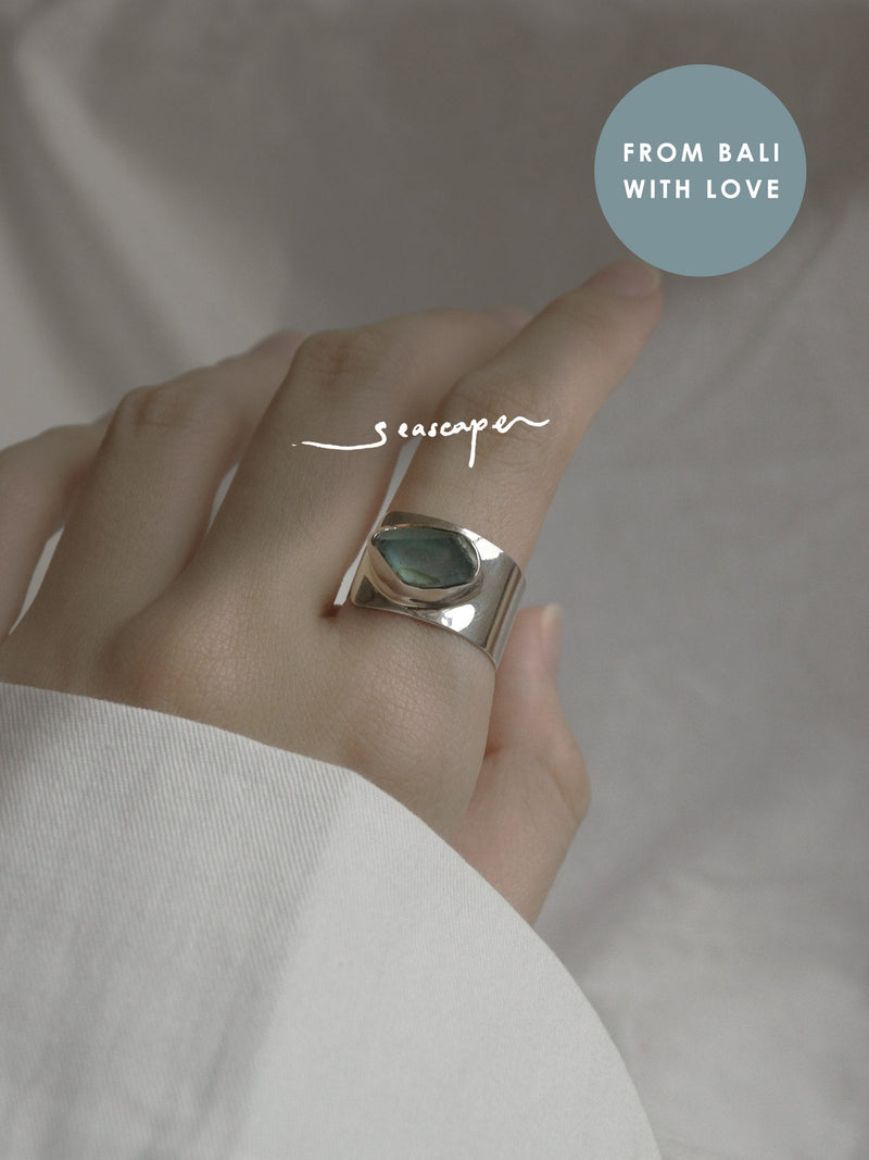 KEMALA Stone Ring - Apatite // GABI EXCLUSIVE