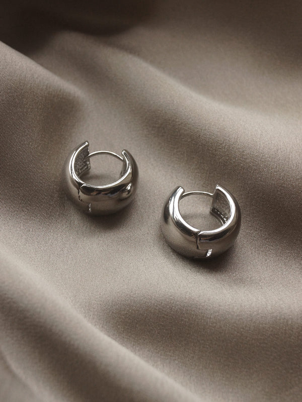 Essential Bold Hoops - Silver *Platinum-plated