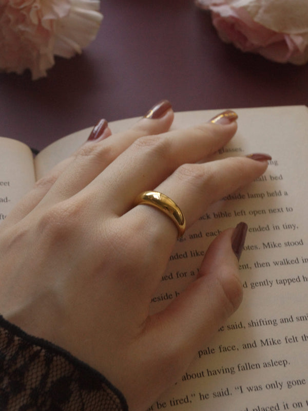 The Bold Ring - Medium *18k Gold-plated