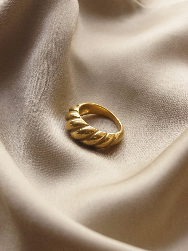 Braided Ring *18k Gold-plated