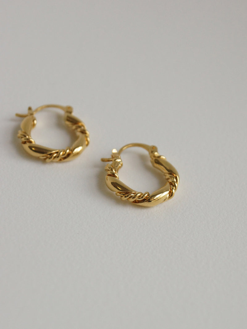 CHARLOTTE Hoops *Gold-plated