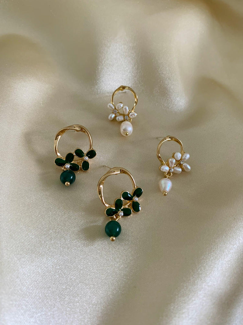CHARLOTTE Earrings - Pearl *S925 Earposts