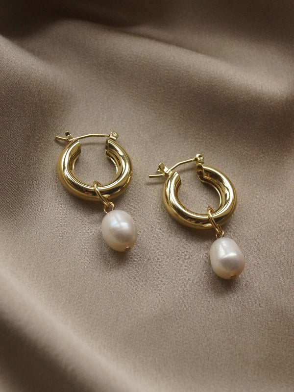 Chunky Pearl Hoops - Single *14k Gold-plated