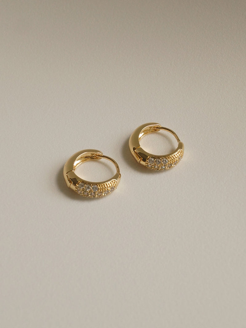 EMILIA Hoops *Gold-plated