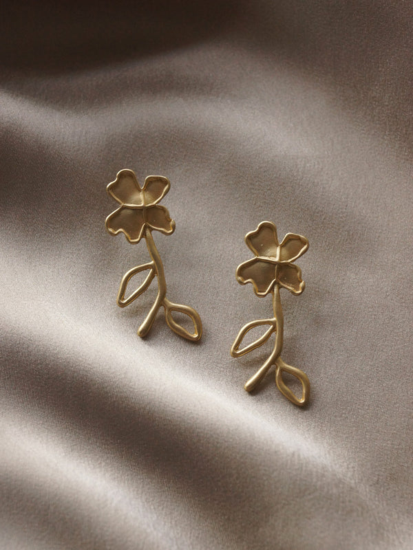Artful Flower Studs *S925 Earposts