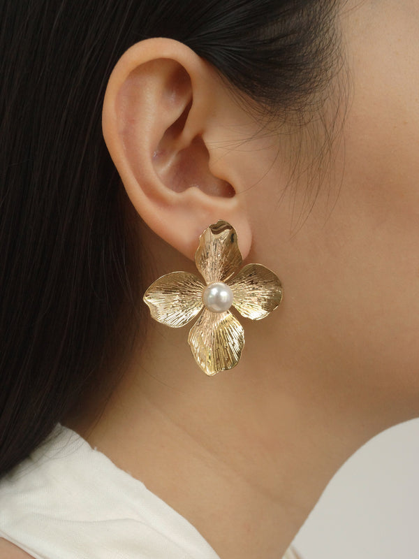 Large Flower Earstuds