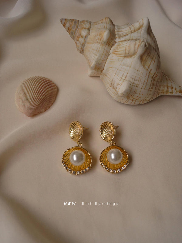 EMI Earrings - Gold