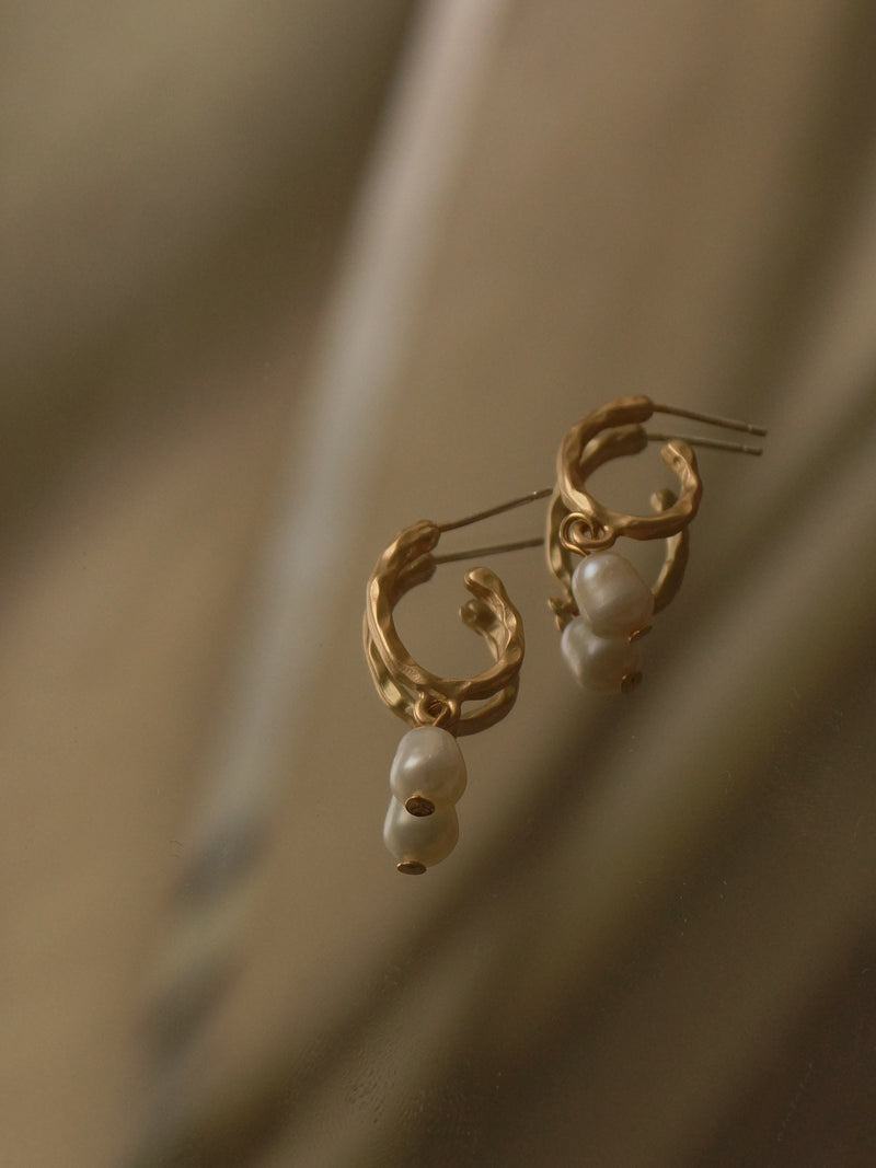 Hanne Earrings *S925 Ear-posts