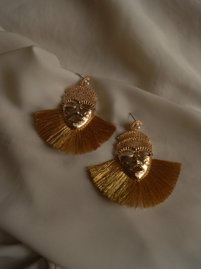 Ikku Earrings