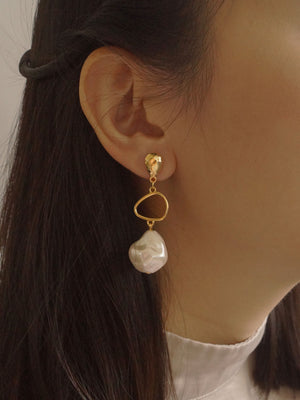 La'ei Earrings