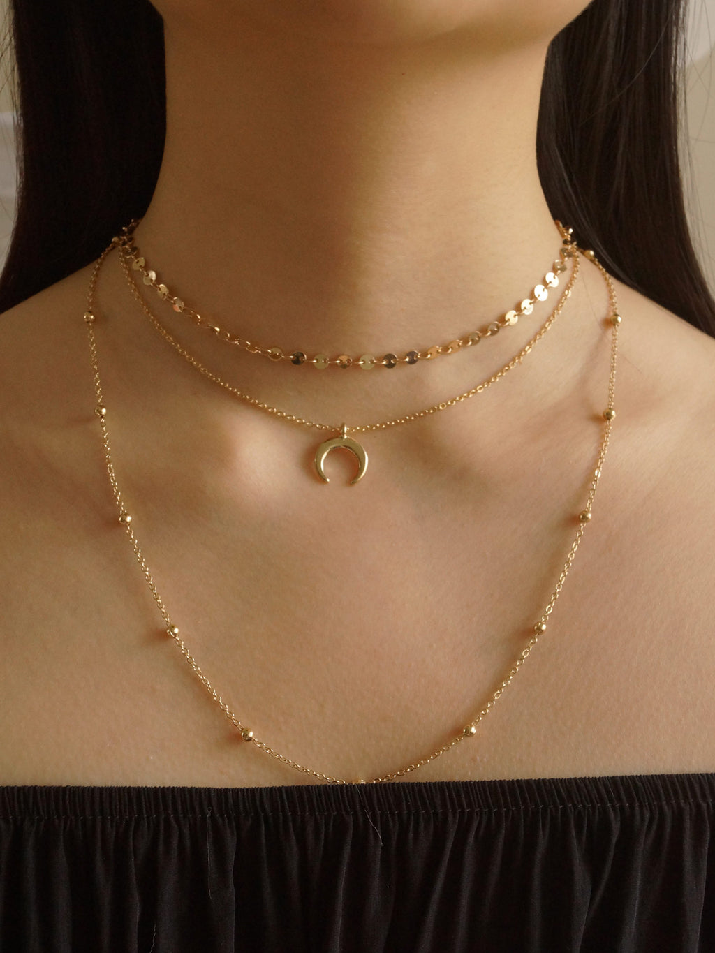 Moony Necklace