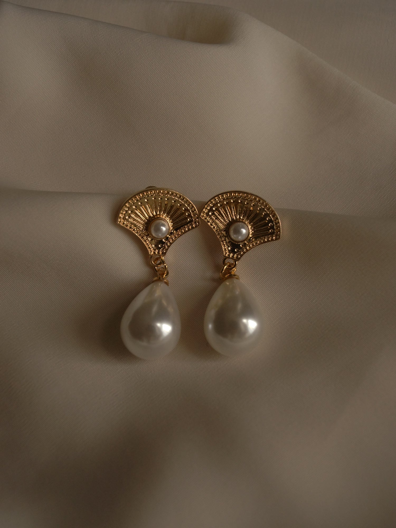 Saffi Earrings