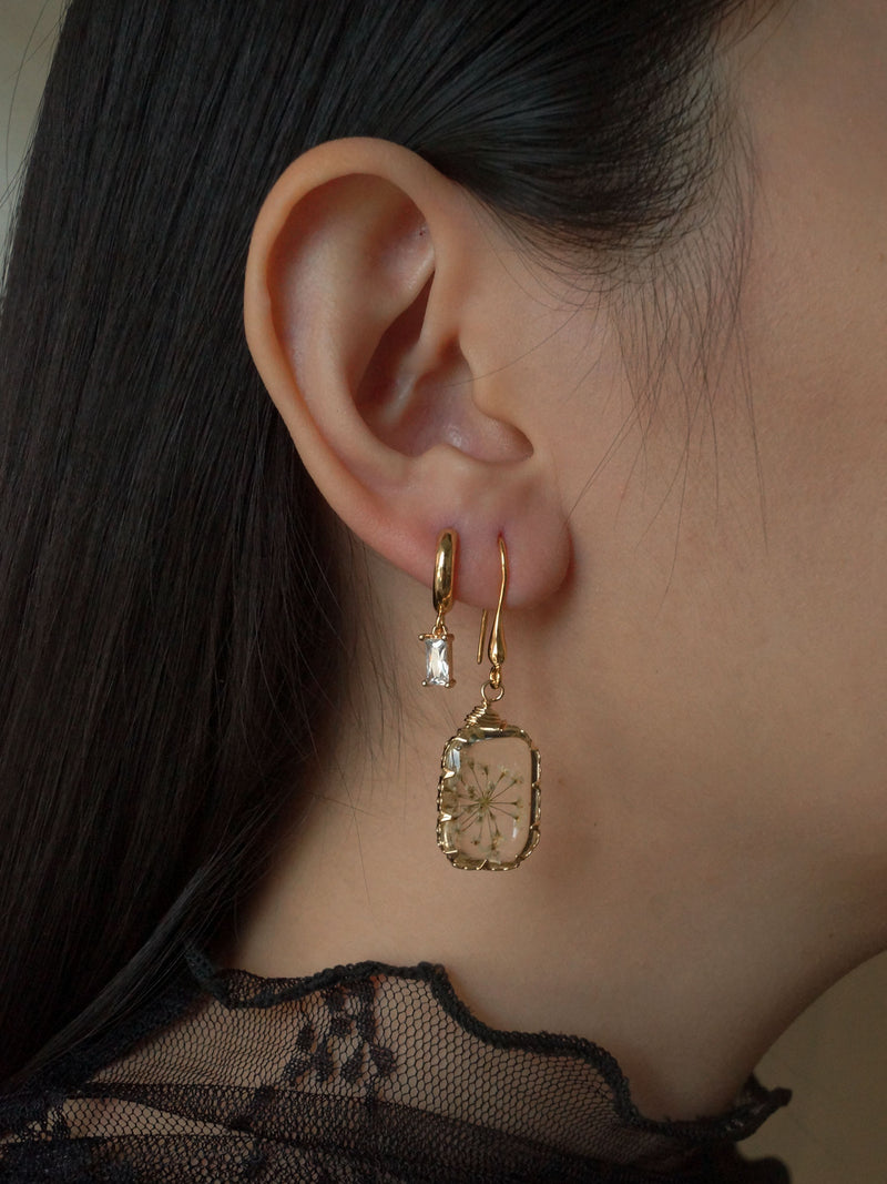 Ginny Flower Drops *18K Gold-plated