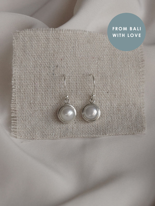 HARUM Pearl Earrings *925 sterling silver // GABI EXCLUSIVE