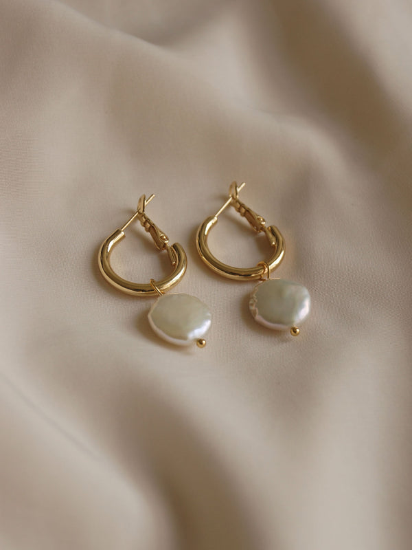 ISLAY Pearl Hoops *Gold-plated S925 Earposts (GABI PREMIUM)