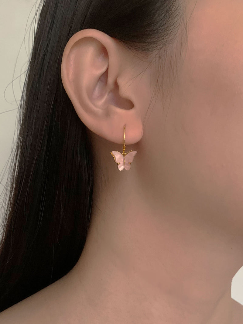 Kahaiia (Butterfly) Huggies - Pink *14K Gold-filled (GABI PREMIUM)