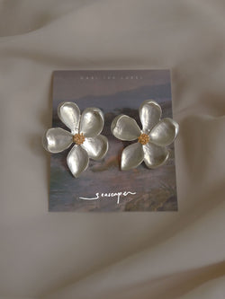 LAUREL Earstuds - Silver *S925 Earposts