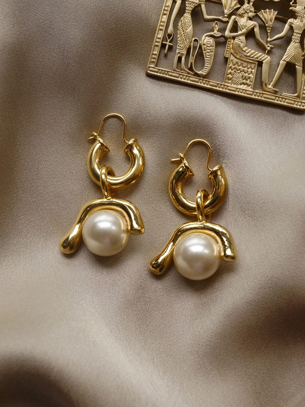 Leta Pearl Earrings *18k Gold-plated