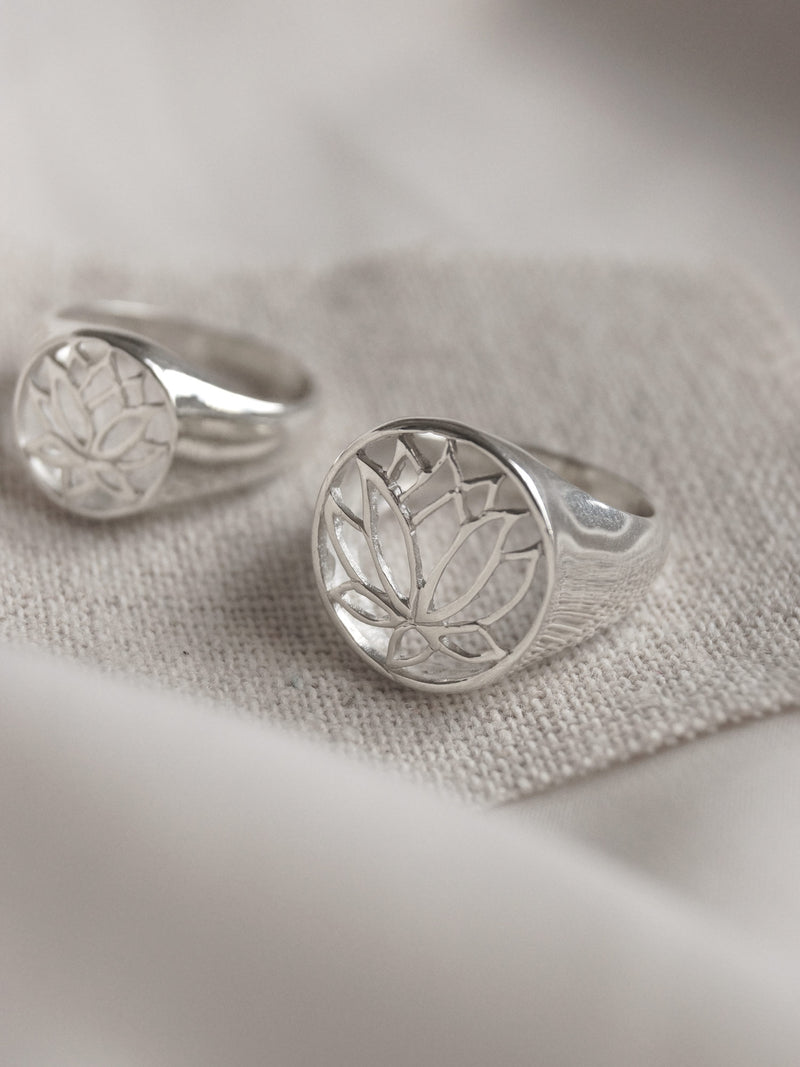LOTUS Signet Ring - Big // GABI EXCLUSIVE