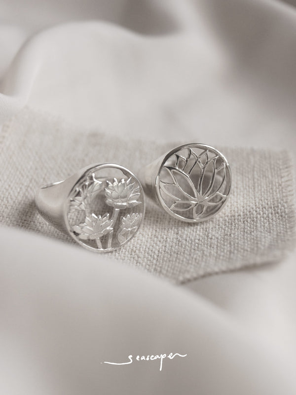 3 LOTUSES Signet Ring // GABI EXCLUSIVE