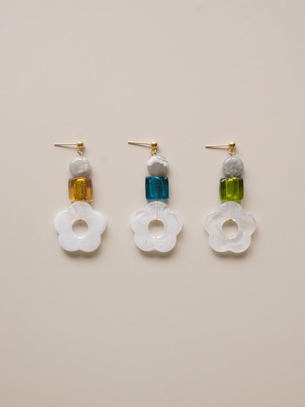 Mod Flower Earrings *18K Gold-plated