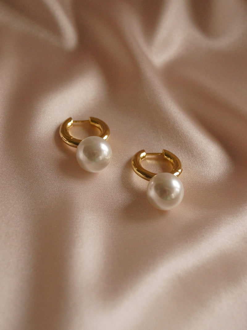Moria Pearl Earrings *14k Gold-filled (GABI PREMIUM)