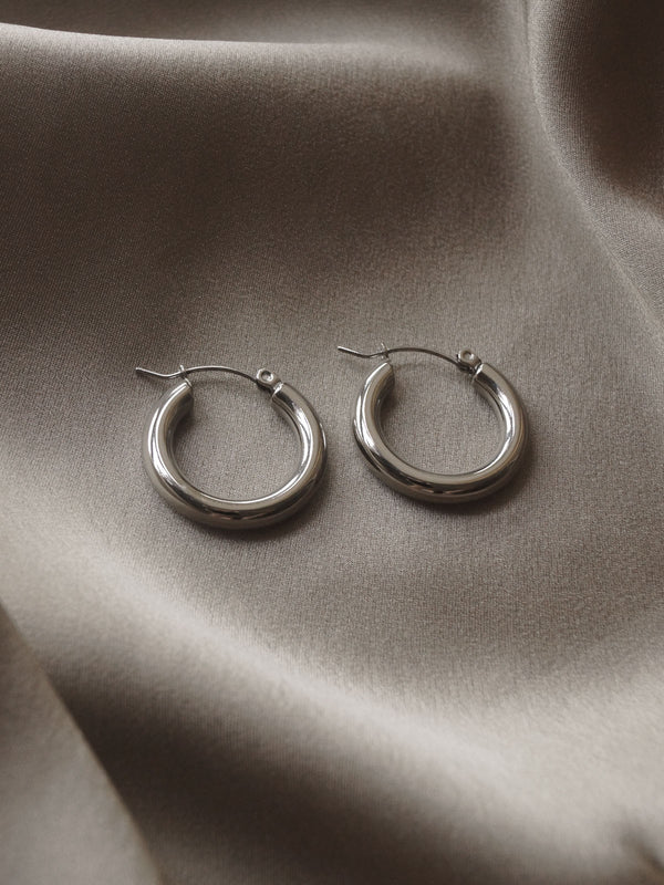 The Omega Hoops - Silver *Platinum-plated
