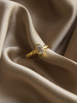 The Queen's Ring - Oval *14k Gold-plated