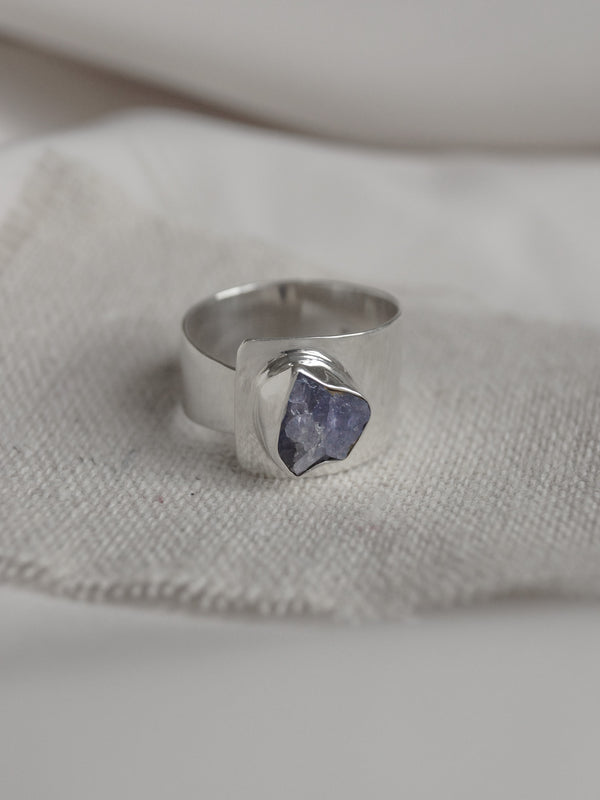 KEMALA Stone Ring - Tanzanite // GABI EXCLUSIVE