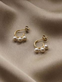 The Essential Triple Pearl Hoops *18k Gold-plated