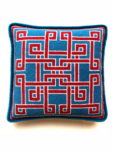Pillow - Needlepoint Kit with Stitch Painted Canvas: Knotwork