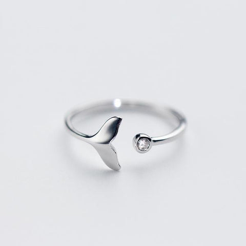 The Whale Tail Ring with Jewel