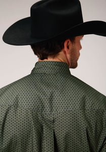 Men's Amarillo Collection- Cool Pines Amarillo Mens Long Sleeve 00264 Olive Star Foulard