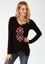 Studio West Collection- Native Arts Swest Womens Long Sleeve 9505 Sweater Jersey Twist Front Top