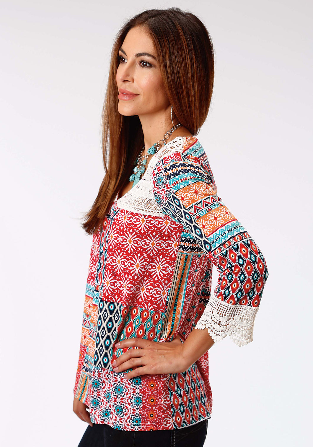 Studio West- Gypsy Paradise Swest Womens Long Sleeve Shirt 0978 Floral Aztec Patch Print Top