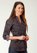 Ladies Amarillo Collection- Red Canyon Amarillo Womens Long Sleeve 2243 Canyon Paisley